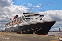 Queen Mary 2 (das boot 160) Tags: sea port liverpool docks river boats boat dock ship ships maritime queenmary2 mersey britannia docking rivermersey merseyshipping liverpoolclt transatlantic175