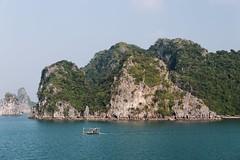 Halong Bay (desomnis) Tags: vietnam asia travel traveling landscape landschaft landscapes halongbay halong coast sea ocean southeastasia canon6d tamron2470mm desomnis 6d limestone cliff cliffs nature boat island islets