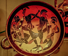 Terracotta kylix, Greek, 540 BC (Sharon Mollerus) Tags: 540bc greece greekart metropolitanmuseumofart newyorkcity terracottakylixeyecup drinkingcup fourwarriorsincombat xss newyork unitedstates us