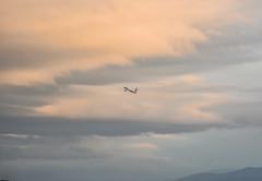 turkish flight 80 departing for istanbul (pbo31) Tags: bayarea california nikon d810 color april 2017 spring boury pbo31 urban sfo airport aviation plane airline flight southsanfrancisco eastside sunset travel sanfranciscointernational sanmateocounty sky orange departing climb 777 turkishairlines boeing