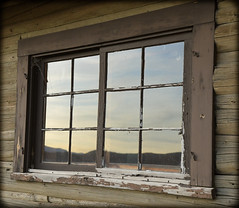 500_1517 (DianeBerky19) Tags: 2016 jacksonholewyoming summitnatureworkshop wy nikon reflections sunset window