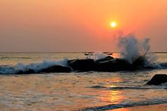 A bigger splash (Peter Denton) Tags: sunset beach ngapali bayofbengal sea burma myanmar ©peterdenton canoneos100d seascape nature