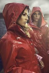 Red Raincoat (betrenchcoated) Tags: raincoat regenmantel regenjacke lackmantel patentcoat pu pvc pretty beautifulgirl red shiny