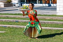 Indian Dancer (cj13822) Tags: canon5dmarkiv canon 5d mark iv 24105mml world women dance indian asian