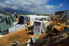 ITS Bekaa Valley 2017 April 4 (davidvankeulen) Tags: republieklibanon républiquelibanaise middleeast middenoosten afrikaeurazië lebanon libanon liban westbeqaa westbeka beka beqaa biqâ becaa westbekaavalley bekaavallei refugeecamp temporarysettlement its informaltentedsettlement tent vluchtelingenkamp syrian syrians joubjannine qaraounlake davidvankeulen davidvankeulennl davidcvankeulen urbandc europe unhcr worldvision water watersystem