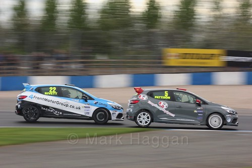 Lee Pattison and Paul Rivett in Renault Clio Cup Race Three at the British Touring Car Championship 2017 at Donington Park