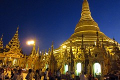 Yangon -  Shwedagon Pagoda - Evening Light (zorro1945) Tags: shwedagonpagoda yangon myanmar burma asia asie pagoda temple buddhisttemple buddhism nightfall eveninglight sunset sundown dusk gloaming bluegold flickrunitedaward