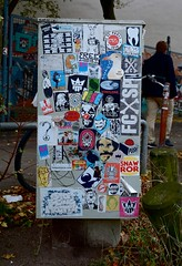 HH-Sticker 1698 (cmdpirx) Tags: street urban art public painting graffiti stencil nikon sticker artist post mail 7100 d space raum kunst strasse glue hamburg vinyl crew trading marker hh aerosol aufkleber kleber paket ffentlicher kuenstler