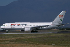 N421AV (AVIANCA - All. Summa) (Steelhead 2010) Tags: boeing bog b767 avianca b767200er nreg n421av allianzasumma