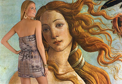 The two Venus (cuto amidei) Tags: art 1001nights autofocus sandrobotticelli flickrestrellas 1001nightsmagiccity rememberthatmomentlevel4 magicmomentsinyourlifelevel2 rememberthatmomentlevel2 rememberthatmomentlevel3 remembertthatmomentlevel1 rememberthattmomentlevel4