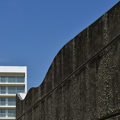 HANNOVER COIMBRA #2 (TheManWhoPlantedTrees) Tags: architecture cork coimbra amorim cortia lvarosizavieira pritzkerarchitectureprize arquitecturaportuguesa nikond3100 tmwpt mdfachada pritzker1992