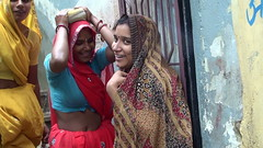 A l'ndia (josepsalabarbany) Tags: mango tropical species streetlife victorian jewel rajput fort jodhpur thanjavur jaipur gopura church stupa mandapa shikhara amalaka kalasha parvati siva delhijodhpur oldcity apsara khajuraho konark ellora chennai gujarat mumbai goa mysore karnataka bangalore punjab amritsar jainism ranakpur kobalam uttarpradesh tajmahal fatehpursikri ghat ganges benares varanasi orchha maharashtra god ganesh vimana temple bengal tyger elephant curry journey travel sculpture sea rajasthan kerala delhi hindu moguls people sun architecture art asia india woman faces josepsalabarbany