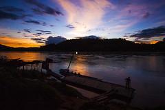 Laung-Pra-Bang (ji.uppama) Tags: evening riverside laos laungprabang siluate