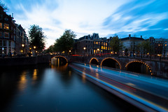 Twilight at Amsterdam 4/4 (TizianoFoto) Tags: city bridge holland amsterdam canon twilight tramonto dusk canoneos nightfall citt ponti canonefs1022mmf3545usm canoneos60d eos60d