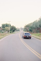 In the road (Alejandro River) Tags: road film car brasil canon 5 negro monte grainy