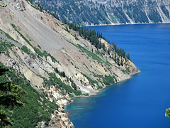 Crater Lake (kenjet) Tags: blue trees lake green nature water oregon volcano crater craterlake mountians
