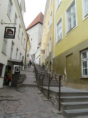 Estonia - Tallinn - 'Short Leg' or 'Luhike Jalg' in Old Town (JulesFoto) Tags: street tallinn estonia oldtown balticstate shortleg luhikejalg
