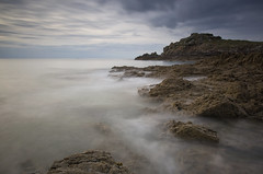 le du Petit Chevret (Philippe Saire || Photography) Tags: light sea sky mer seascape france beach nature water rock stone clouds canon landscape island photography eos coast photo brittany eau long exposure mark pierre iii horizon shoreline ile wave bretagne wideangle playa cte breizh ciel shore lumiere 5d coastline usm fullframe nuages paysage vague plage ff ef 1740mm rocher manche jete hoya bzh cokin nd400 littoral illeetvilaine f4l gnd4 saintcoulomb p121m pleinformat philippesaire petitchevret