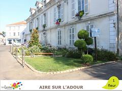 aire_mairie (Tourisme Landes) Tags: landes fleurs vvf