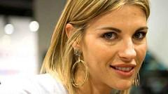 """Martina Colombari, ospite a """"Domenica Live"""" si racconta e parla del figlio (gossip24) Tags: martina colombari"""
