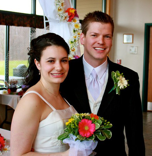 "happycouple • <a style=""font-size:0.8em;"" href=""http://www.flickr.com/photos/128904605@N08/14985054493/"" target=""_blank"">View on Flickr</a>"