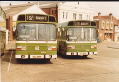 Southern Vectis ODL886R , 886 and XDL800L , 876 . Newport - April 1980. (busmothy) Tags: nbc newport isleofwight 886 876 newportbusstation xdl800l odl886r southernvectisleylandnational