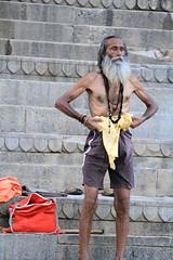 IMG_2593 (CALLEJERO ERRANTE) Tags: woman india man colors children child delhi religion agra varanasi hindu buddism buddist kolkata calcutta hindi orccha puskar jaiupur bodygaya