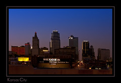 Kansas City skyline in the evening (Antarehs) Tags: skyline evening midwest cities kansascity missouri