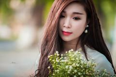 o di h ni ( Linh ) (Quy Nino | Call 0967 8997 45) Tags: students girl dresses hanoi