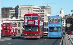 London Central A650THV & Cityrama GHV44N London Bridge 1990 (BristolRE2007) Tags: bus buses titan londonbus londontransport