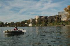 Schlauchboot Sevylor Supercaravelle XR86GTX ( Super - Caravelle - Gummiboot ) auf dem Rhein ( Hochrhein - Fluss - River ) zwischen W.ehr A.ugst - W.hylen und W.ehr B.irsfelden im Kanton Basel Landschaft in der Schweiz (chrchr_75) Tags: chriguhurnibluemailch christoph hurni schweiz suisse switzerland svizzera suissa swiss chrchr chrchr75 chrigu chriguhurni 1410 oktober 2014 albumzzzz141019rheinrheinfeldenbirsfelden hurni141019 oktober2014 gummiboot gummiboote schlauchboot schlauchboote boot jolle dinghy boat jolla canot  sloep bote albumschlauchbootegummibooteunterwegsinderschweiz sevylor super caravelle supercaravelle xr86gtx rhein rhin reno rijn rhenus rhine rin strom europa albumrhein fluss river joki rivire fiume  rivier rzeka rio flod ro