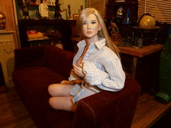 relaxing with Peta (Blondeactionman) Tags:
