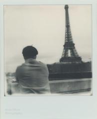 Reverie parisienne (l'imagerie poétique) Tags: limageriepoétique poeticimagery polaroidsx70 impossibleproject film analog argentique pasdetraitement pasdefiltre cestdufilm epsonv600scanner paris reverie latoureiffel