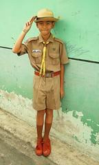 a boy scout salutes you (the foreign photographer - ฝรั่งถ่) Tags: boy scout uniform salute khlong thanon portraits bangkhen bangkok thailand canon kiss