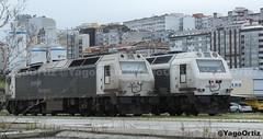 Las primas durmientes (yagoortiz) Tags: tren maquinas coruña san diego 333305 333391 mercancias alsthom vossloh