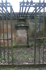 Glasgow Cathedral Churchyard (simon_white) Tags: uk glasgow cathedral glasgowcathedral stkentigern stmungo highkirkofglasgow kirkyard churchyard