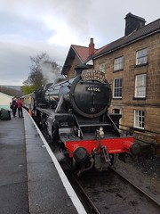 20170401_163724 44806 (SierPinskiA) Tags: nymr grosmont northyorkshiremoorsrailway locomotive royalscot blackfive black5 45212 stanier dmu steam heritagerailway 45407 76079 engine sheds crossing samsunggalaxys7 samsung s7 april april2017