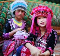 0S1A0996 (Steve Daggar) Tags: thailand chiangmai culture portrait costume longneck karinlongneck hilltribe candid