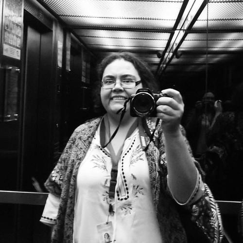 La de rigor en el ascensor de la Clínica aprovechando que estaba vacío #empty #elevator  #eu #me #selfie #selca #나 #我 #blackandwhite #bw