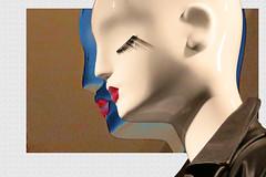 Dualité (Pi-F) Tags: montage mannequin expression yeux cils profil vitrine lèvre rouge bleu blanc