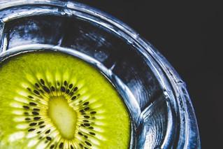 Glazing kiwi