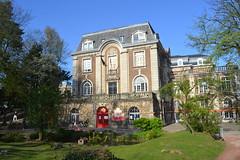 Herenhuis Canonne, Brussel (Erf-goed.be) Tags: huiscanonne herenhuis kindermuseum jadotpark brussel archeonet geotagged geo:lon=43783 geo:lat=508218 elsene