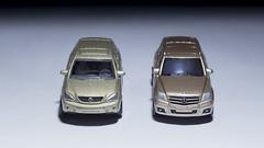 Majorette Lexus RX400h and Maisto Mercedes - Benz GLK 350 (nirmala_l91) Tags: majorette maisto lexus mercedesbenz diecast