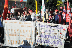manifestazione nazionale CGIL 25 ottobre 2014 (lorenzog.) Tags: people italy rome roma nikon manifestazione 2014 d300 cgil flai fiom susannacamusso