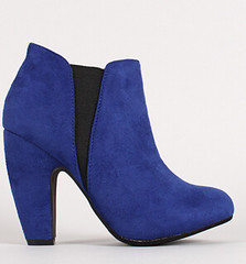 "two tone round toe chunky heel chelsea blue • <a style=""font-size:0.8em;"" href=""http://www.flickr.com/photos/64360322@N06/15323353688/"" target=""_blank"">View on Flickr</a>"