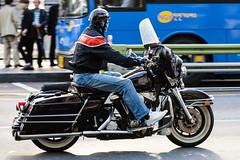(seua_yai) Tags: street city people urban asia go wheels korea motorbike korean seoul motorcycle southkorea urbanmobility koreanpeople