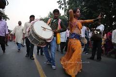 Street Performance 2 (pathikdebmallik) Tags: india transgender kolkata puja calcutta chhath chhatpuja chatpuja