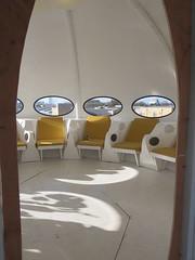 Space Chairs (socarra) Tags: ufo turquiose futurohouse craigbarnes mattisuuronen