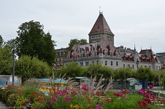 Chteau d'Ouchy (CH) (TICHAT10) Tags: architecture suisse ouchy paysages chateau