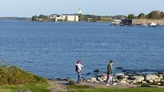 A view from Kaivopuisto to Suomenlinna (Helsinki, 20140916) (RainoL) Tags: autumn finland geotagged helsinki september u helsingfors fin seashore kaivopuisto suomenlinna 2014 uusimaa nyland vikingline fz200 201409 20140914 geo:lat=6015370310 geo:lon=2495665968